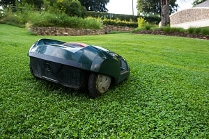 🏆 Best Robot Lawn Mowers 2019 - [List + Buying Guide]